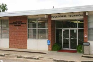 M.R. Thorne Career Technical Center